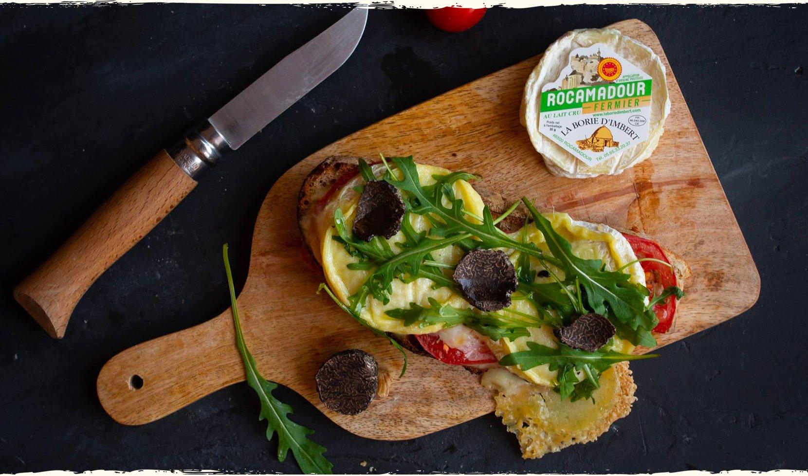 Tartine-rocamadour-tomate-miel-roquette-truffe-2
